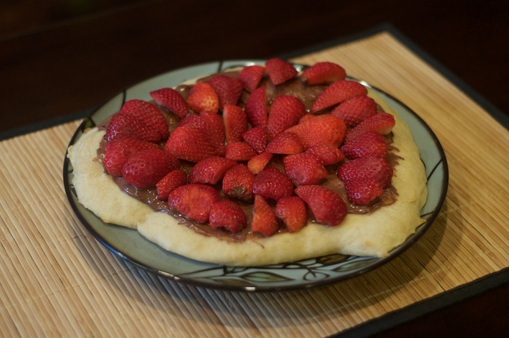 Nutella Strawberry Pizza 1