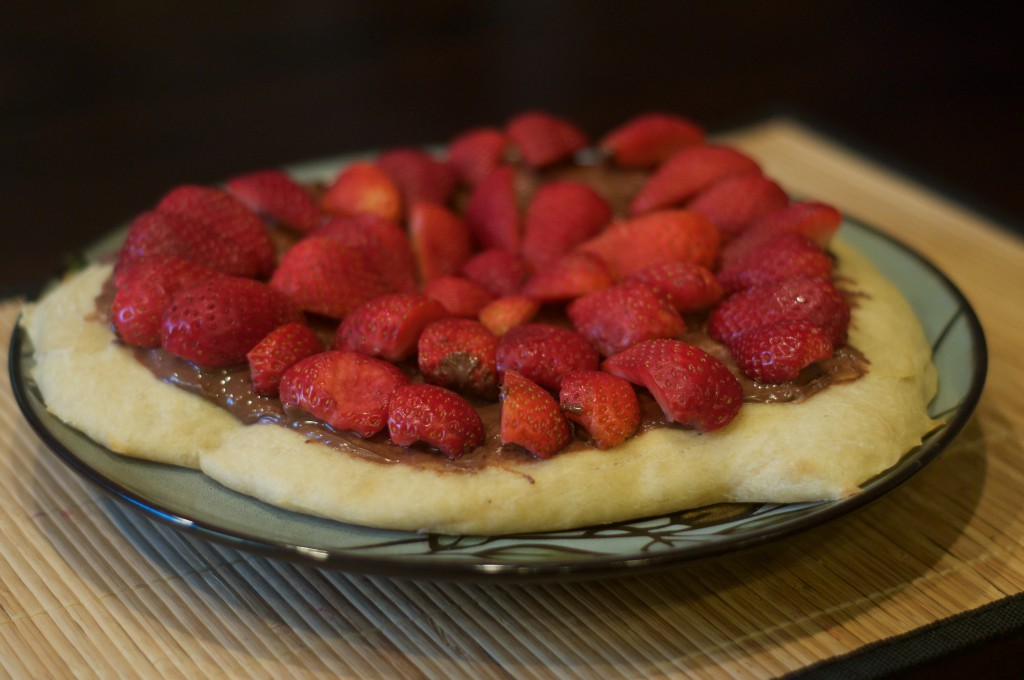 Nutella Strawberry Pizza 2